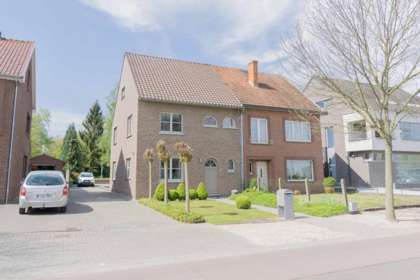 Huis te koop for Halfopen bebouwing te koop